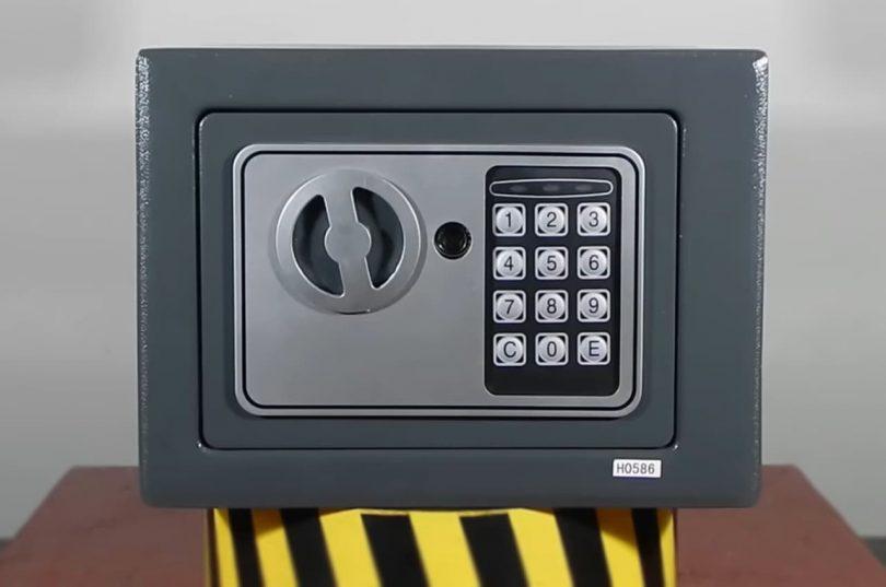 Möbeltresor Test: Sicherheit geht vor!